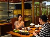 【日本料理やまぼうし】地元素材を中心に、厳選した山川の恵の和会席を楽しめます