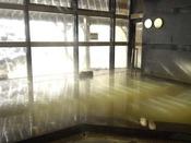 浅間山から湧き出る、源泉掛け流しの湯、『鬼押温泉』とろりと柔らかな温泉