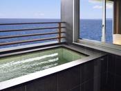 海一望!客室の露天風呂