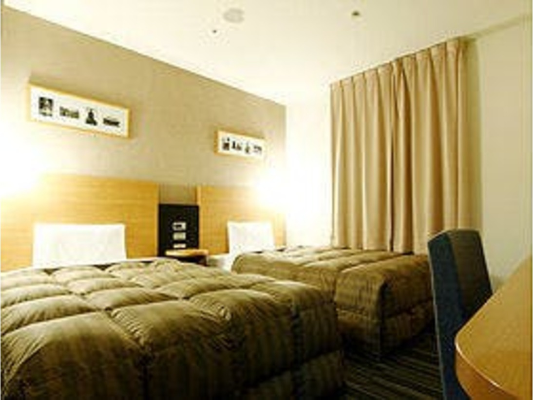 ツインエコノミー■120cm幅のベッドが2台入っています。お子様も広々添い寝可能!