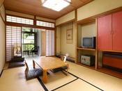 ■8畳和室 ひとり旅にもおすすめの客室です