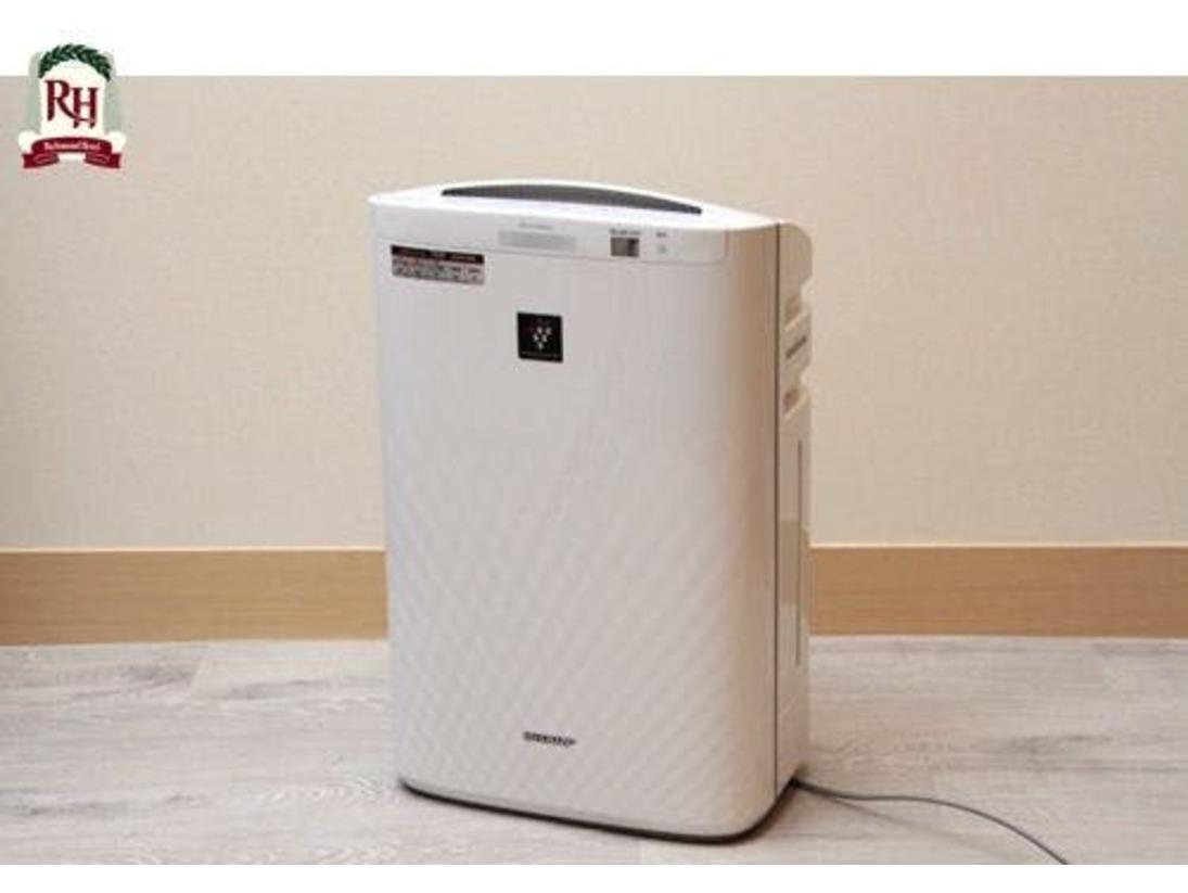 【加湿機能付空気清浄機】全客室設置プラズマクラスターを全ての客室に設置しております。加湿機能をご利用の際はタンクにお水を入れてご使用くださいませ。