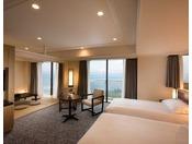 7階~11階に位置する59平米のコーナー和洋室(定員6名)は、ツインベッドとソファセットが配された洋室と和室からなる広々とした空間で、2名様から6名様までご利用いただけます。