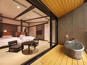 雄大な自然が一望できる最上階露天風呂付客室。天井が高く、ロフト付きのお部屋です