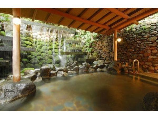 滝の湯 豊かな湯量の源泉を2本所有