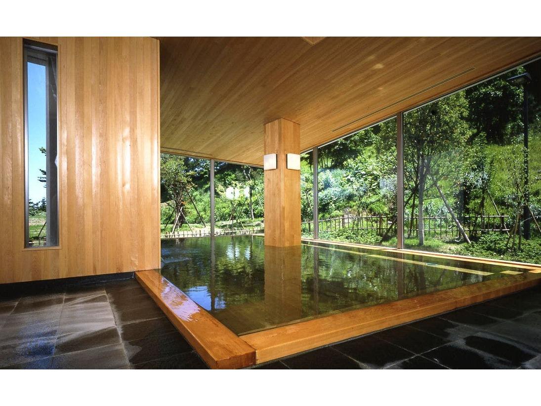 女湯大浴場「鶴の湯」