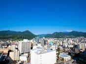 【スカイバンケット白馬からの眺望】長野市の山々が一望できます(北西側)