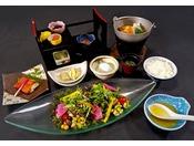 【12月~】新鮮な野菜サラダ、焼魚やポトフなどヘルシーで優しい和朝食です。 ※イメージ