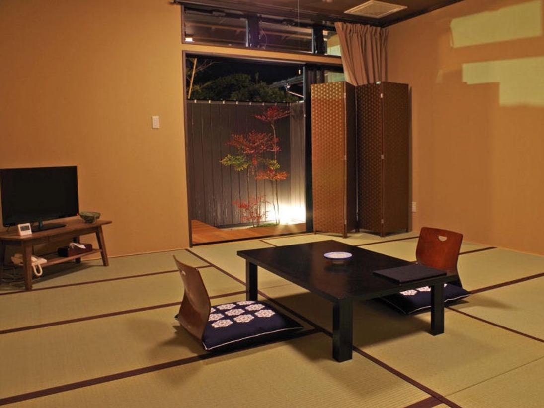 *【和室一例】温泉をひいている露天風呂付き客室です。