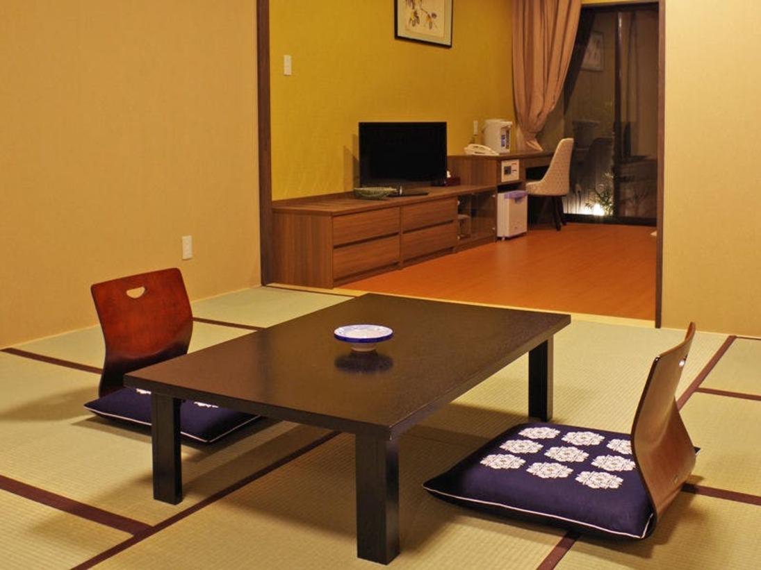 *【露天風呂付き和洋室一例】和室+2ベットのお部屋です。