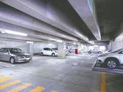 立体駐車場は当館併設ですので、天候を気にせずご利用いただけます。