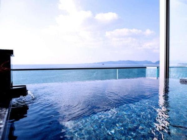 特別室「天空」の露天風呂
