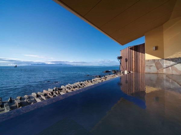 「岩海の湯」露天風呂