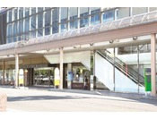 【広小路側玄関】空港リムジンバスをご利用のお客様はこちらからの出入りが便利です。