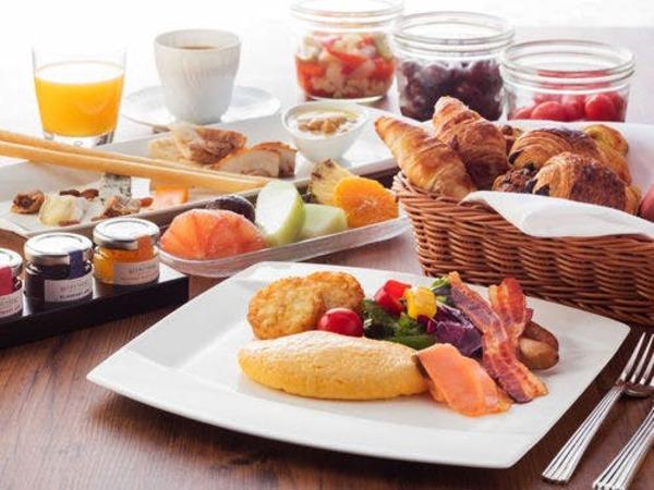2FL.「カスケイドカフェ」朝食ブッフェ