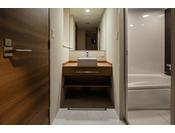 スーペリアツインルーム(トイレ・洗面・お風呂)一例