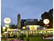 大通公園ではビアガーデンが開催されます