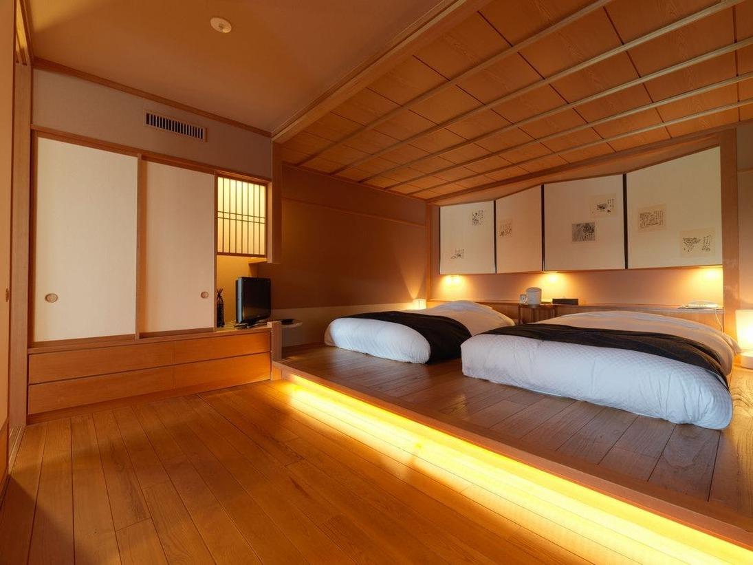 【露天風呂付・湖側】特別室 天の座スイート(客室一例)/贅を尽くした、110平米を超える特別室です。