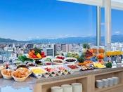 【朝食バイキング】展望レストランで朝食バイキングをお楽しみください