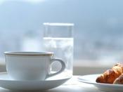 【朝食イメージ】最上階のレストランで信州の景色を楽しみながらビュッフェをお楽しみ下さい。