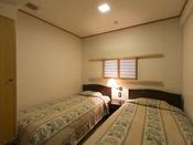 【客室】特別室<和洋室>(12畳+3畳+ツイン)