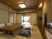 【客室】和室2間(12畳+6畳)