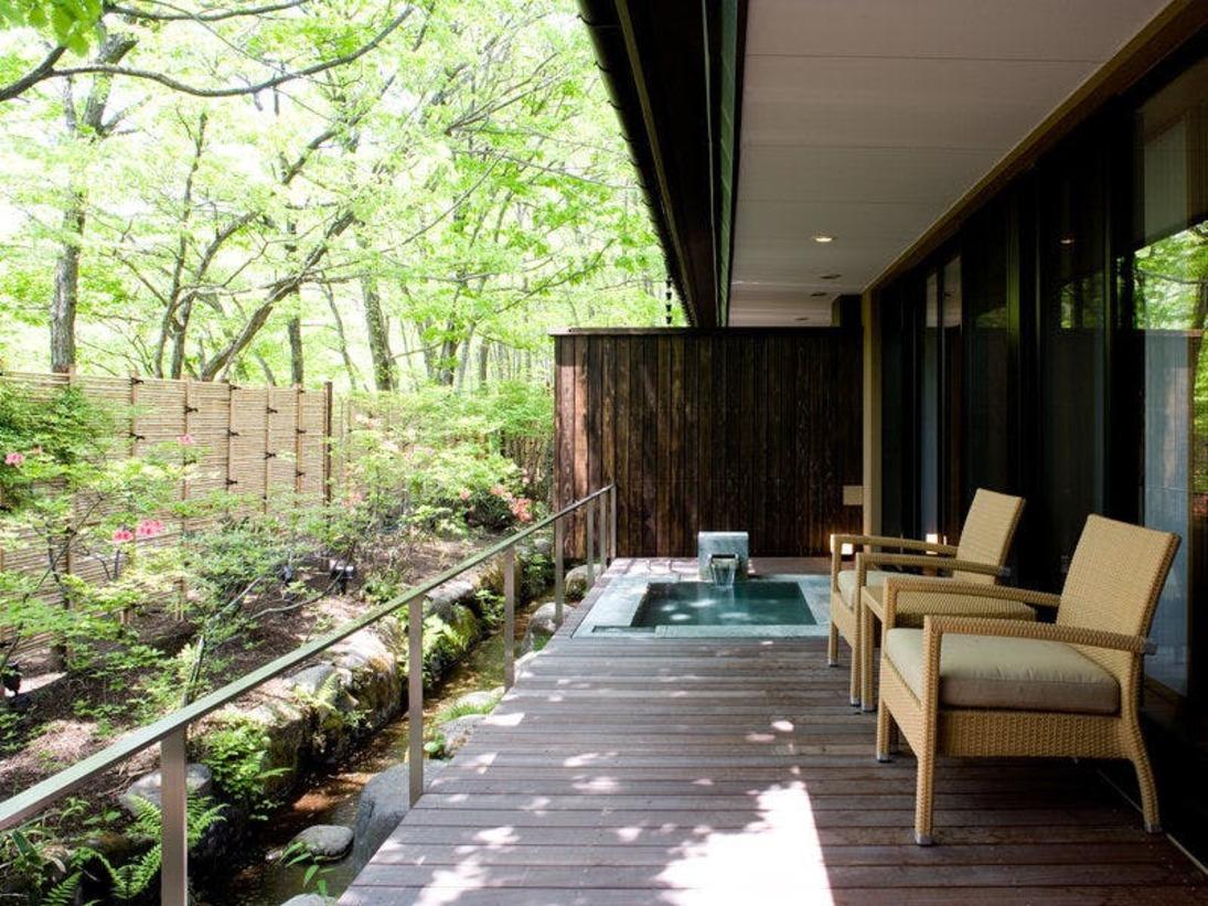 ◆ガーデンスパスイート/ウッドテラスの温泉露天風呂