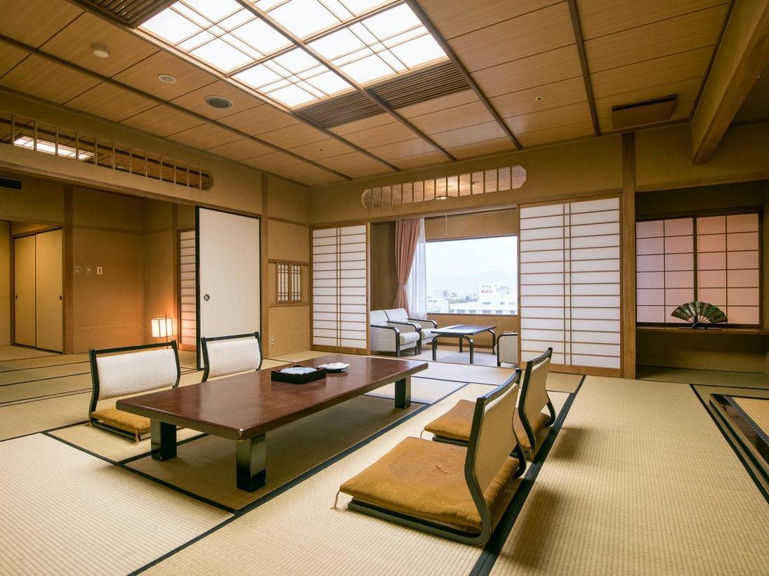 ~最上階二間続き和室~当館で一番広いお部屋で、少し贅沢な休日をお過ごしください♪