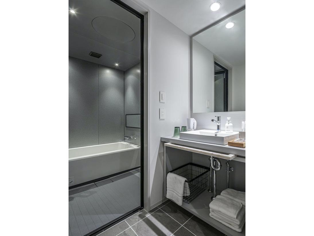 洗面・バス・トイレが独立していますのでゆっくりとお風呂に入れます。