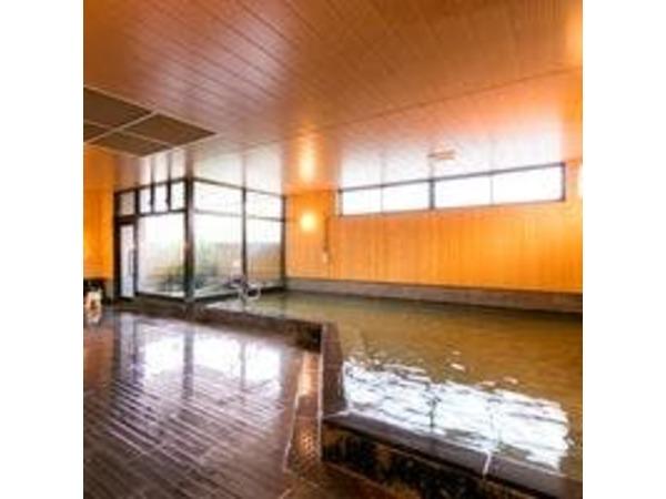 大浴場は自家源泉を使用しております。