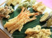 【ライブキッチン】旬の天ぷらを、揚げたてで。