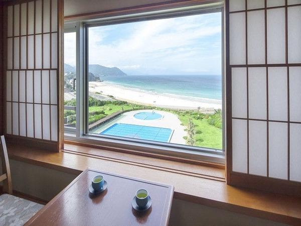 本館海側和室からの眺め(一例)