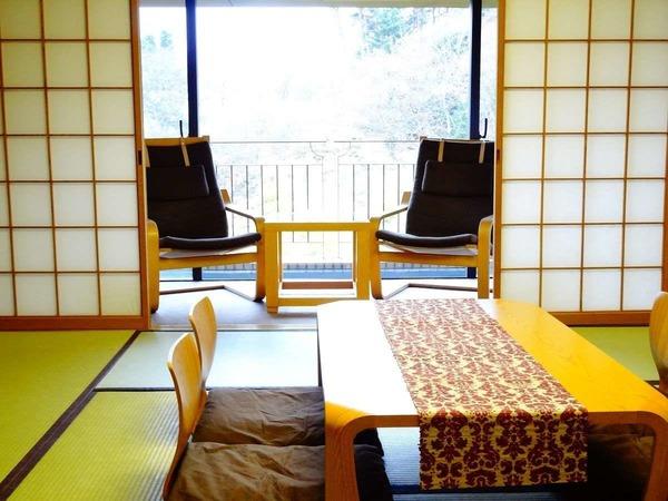和室10畳+2畳 ビューの綺麗なお部屋です
