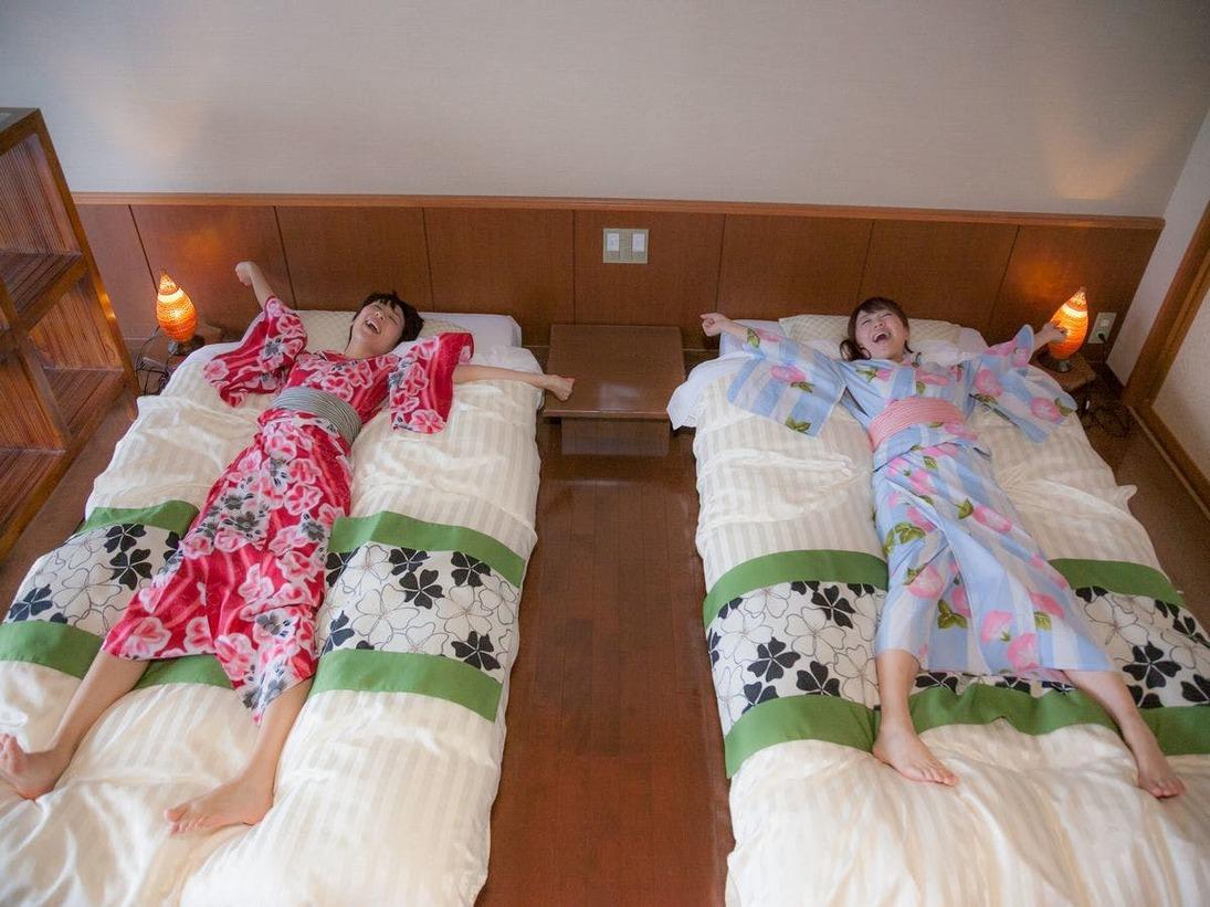 【デザイナーズモダン禁煙】ふかふかベッドで大の字♪女子会、カップルに最適のお部屋です。