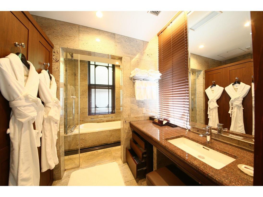 本館デラックスパークサイド51.2平米バスルーム