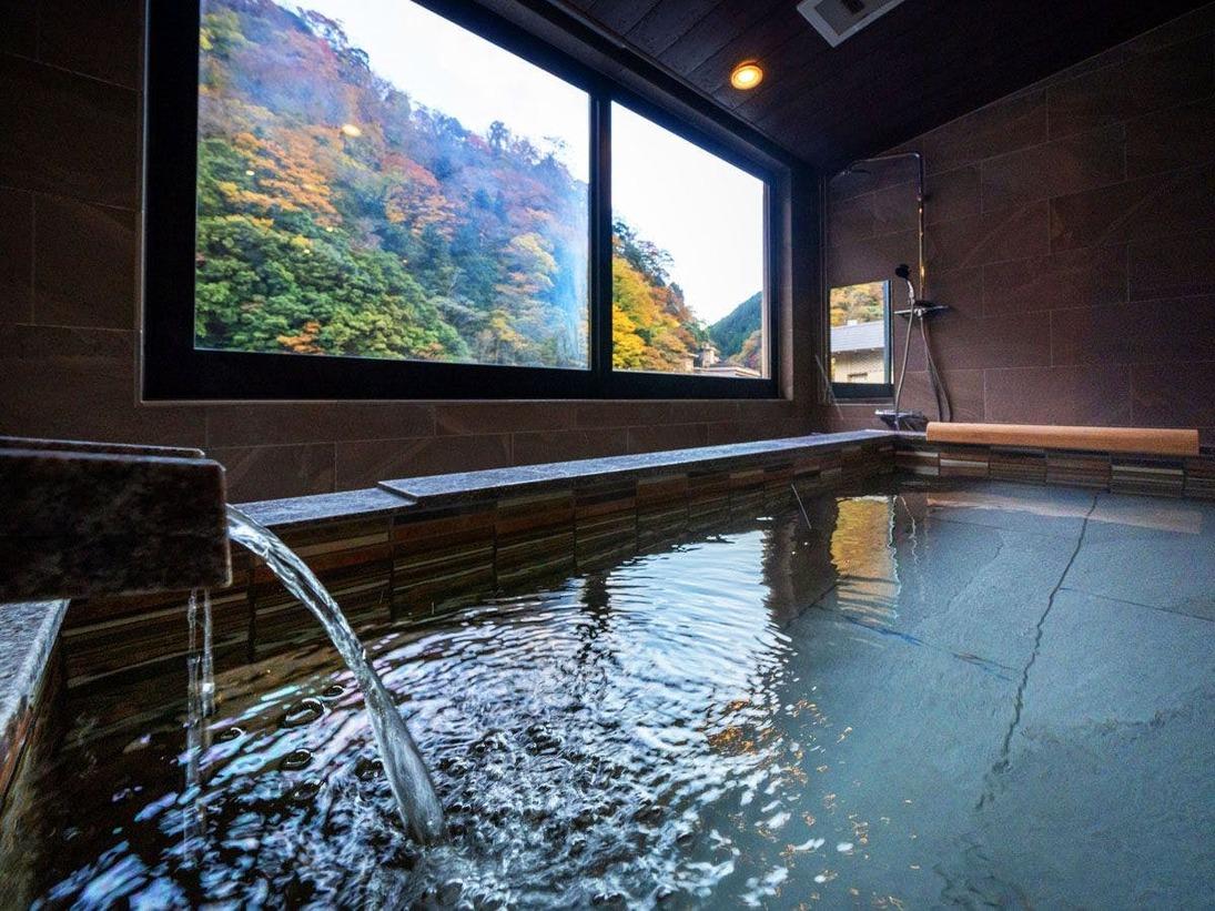 リニューアルスイートのお部屋はすべて温泉かけ流し!景色と温泉を独り占めできます