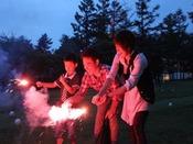 【花火の広場】花火は、19時から21時まで、ホテル中庭でご利用いただけます。※打上げ花火は禁止です。