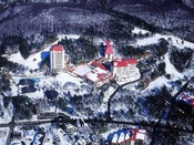 【草津温泉ホテルヴィレッジ】プライベートゲレンデ「森のスキー場」を完備しており、冬のアクティビティーも充実!!