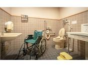 【多目的トイレ】ケアクリック・ベビーシート・ベビーキープをご用意しております