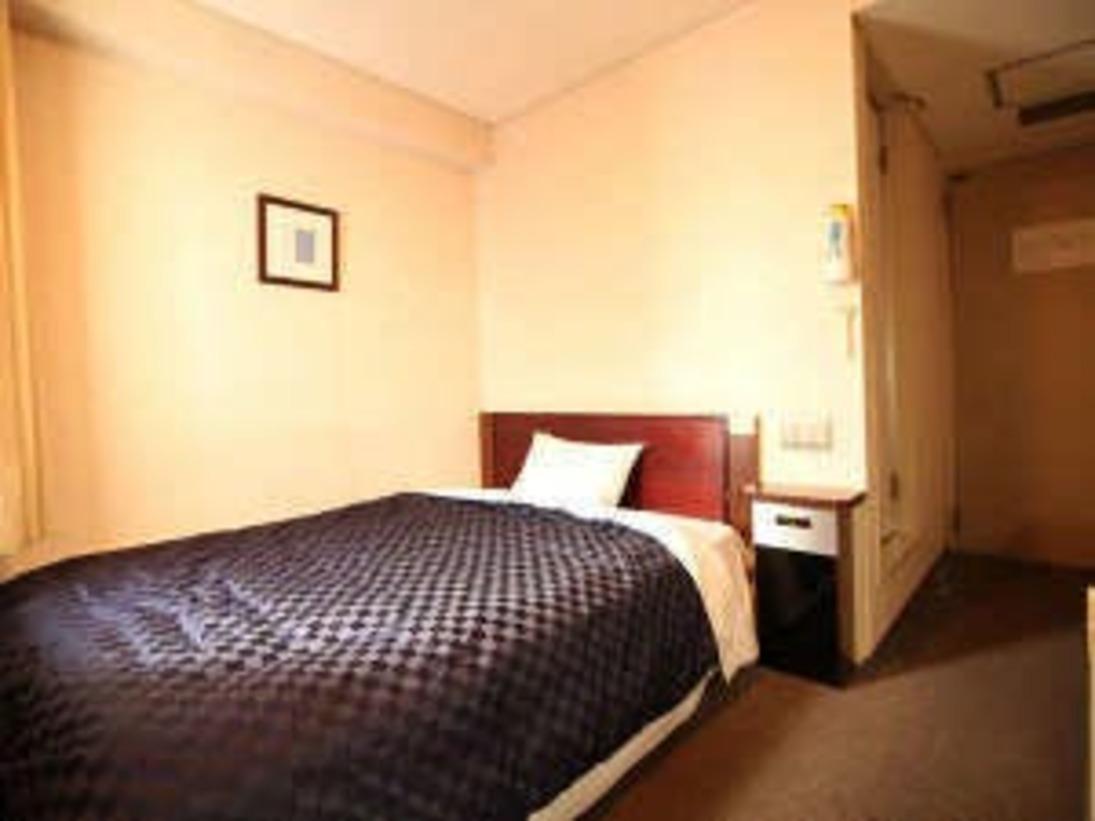 シングルルーム 140cm幅ベッドで広々リフレッシュ