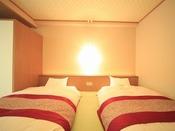 ◆洋室一例【和ベッドルーム】伝統的な和の空間とフロアーベッドの和モダンの雰囲気が心地よいお部屋です