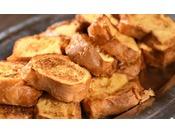 2015年4月27日 石窯ダイニング「天神」リニューアルオープン!朝食一番人気メニューは「ふわふわフレンチトースト」。