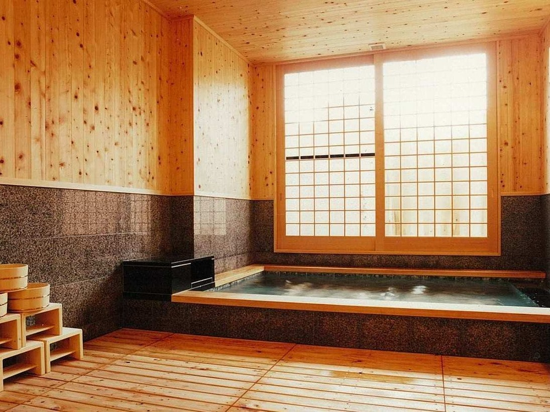 しぇふず貸切風呂(檜)20時、21時、22時 50分2160円