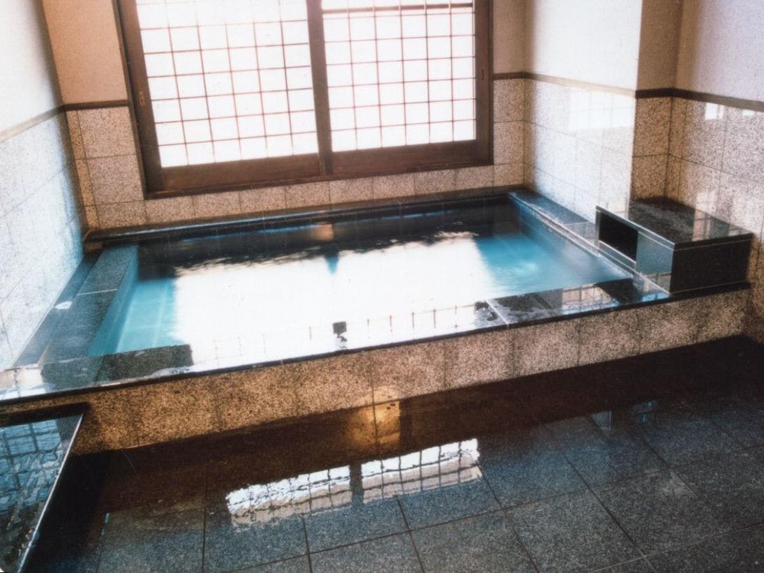 しぇふず貸切風呂(御影石)20時、21時、22時 50分2,160円