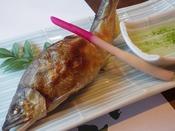 あまご又はアユの塩焼き。写真は鮎の塩焼きです。
