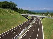 高速道路利用で札幌~帯広間は約3時間。道央道と道東道がつながって便利になりました。