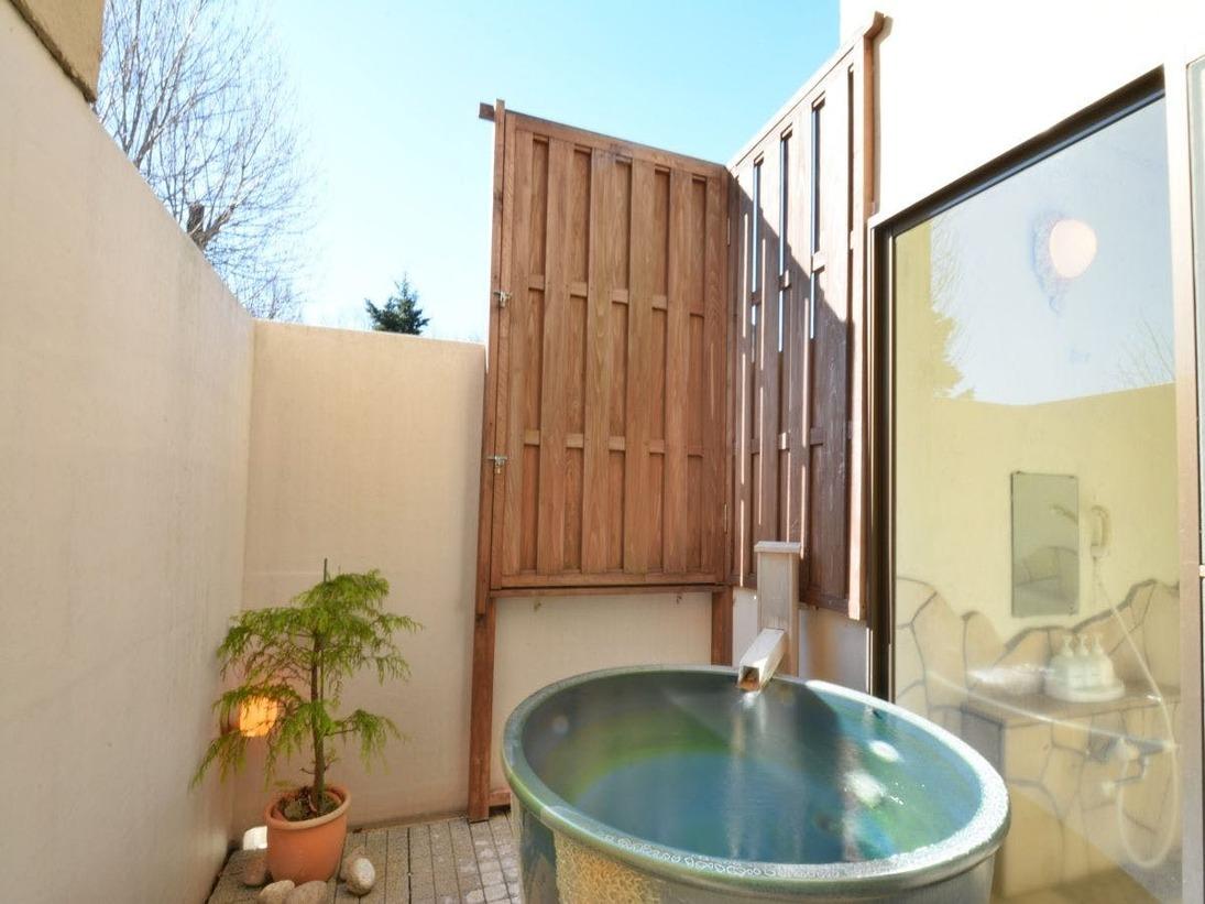 本館1号室の露天風呂