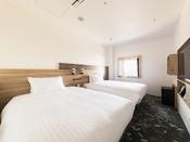 【客室】スーペリアツイン・部屋広さ…18m2・宿泊人数…1~2名・ベッド幅…120cm