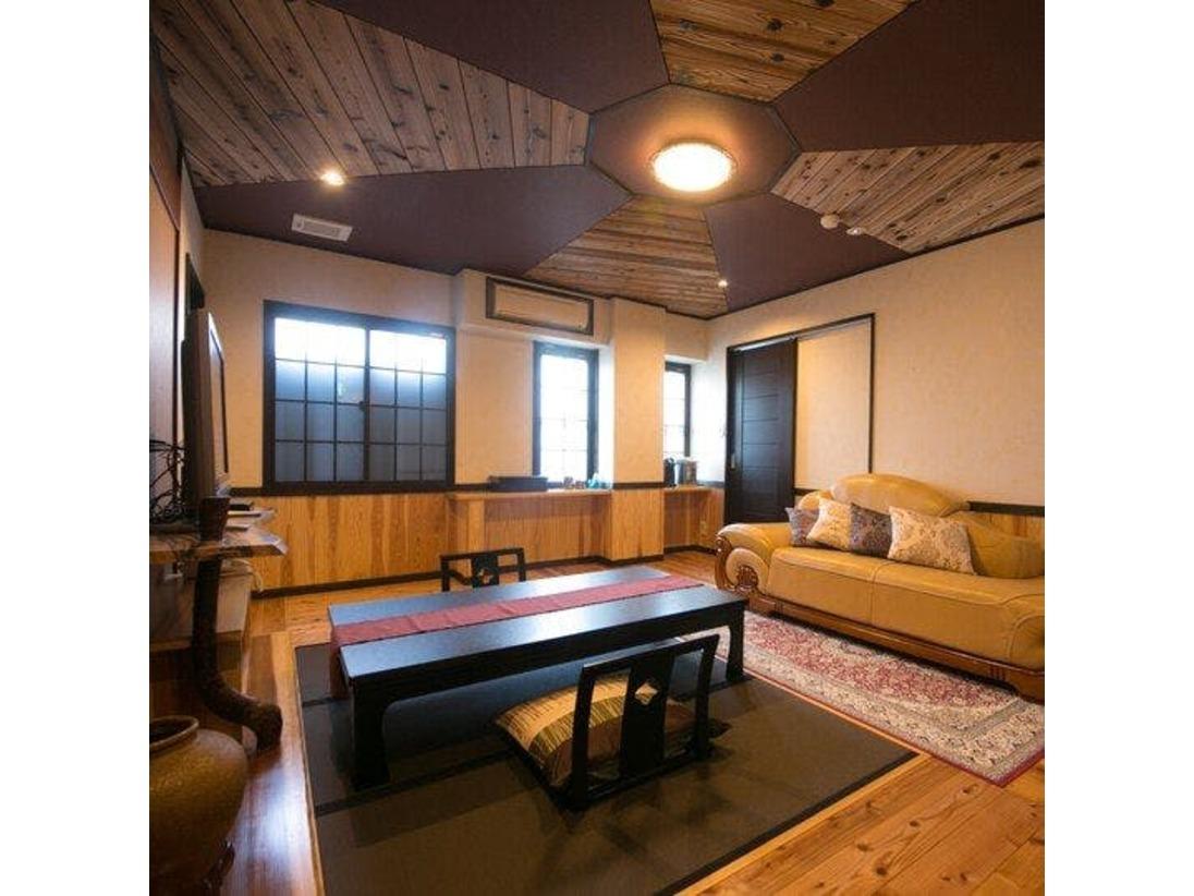 特別和洋室【月姫(カグヤ)】イメージ シアタールームとして作られたモダンテイストな和洋室