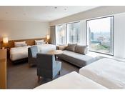 最大5名まで快適にお過ごしいただけるよう、ベッド4台とソファベッド1台をご用意しております。ソファベッドは、3~4名でお泊りの場合はソファとして、5名でお泊りの場合はベッドとしてご利用できます。